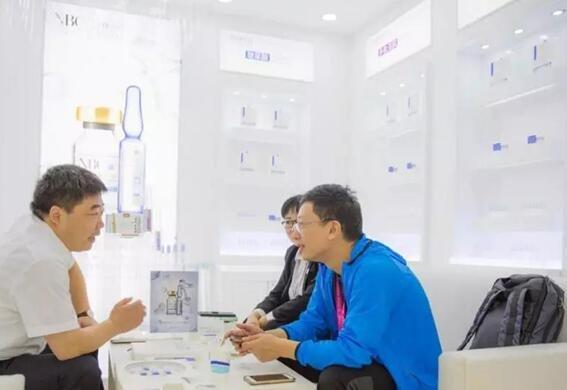 诺斯贝尔展会现场轻医美系列展示体验区
