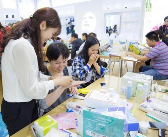诺斯贝尔产品吸引众多展商试用,广受好评
